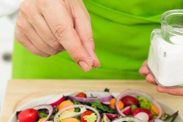 Garam juga dibutuhkan oleh tubuh untuk mengatur kadar air dalam tubuh, tetapi hanya dibutuhkan dalam jumlah kecil (google)