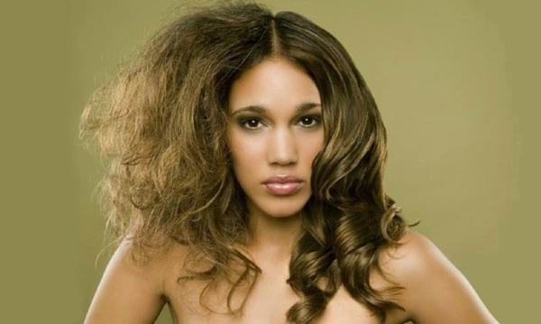 Kebiasaan Buruk Ini Perlu Dihindari Untuk Kesehatan Rambut
