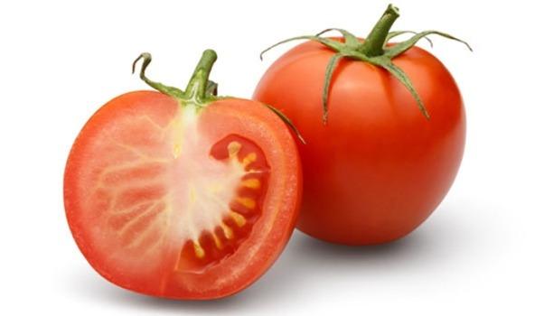 Manfaat Buah Tomat Dimakan Mentah