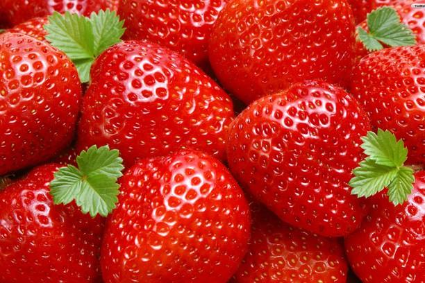 Khasiat dan Manfaat Buah Strawberry