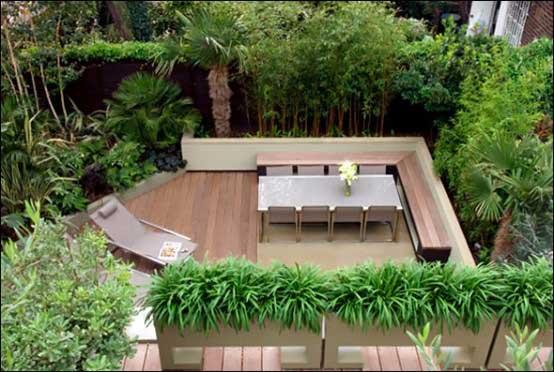 Contoh Teras Minimalis yang menyatu dengan taman rumah
