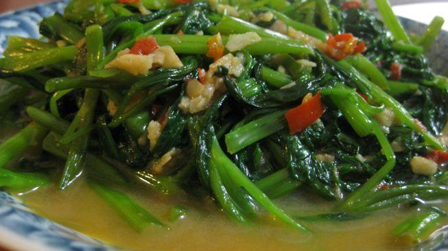 Resep Aneka Sayur Sederhana - sayur tumis kangkung bumbu tauco
