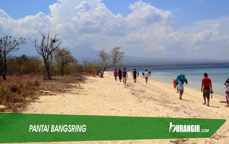 Pantai Bangsring - Wisata Populer di Banyuwangi