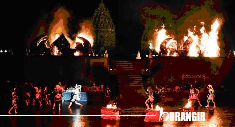 3 Sunset Dan 3 Performance Terbaik Saat Liburan di Yogyakarta - Sendra Tari di Prambanan