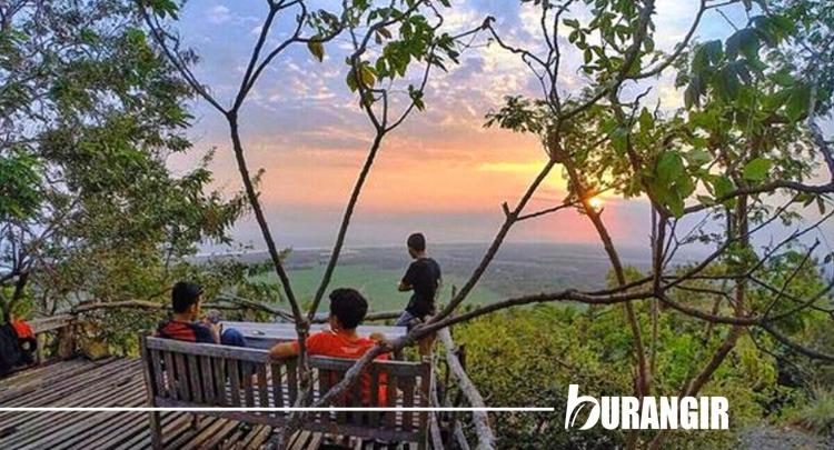 3 Sunset Dan 3 Performance Terbaik Saat Liburan di Yogyakarta - Kampung Watu