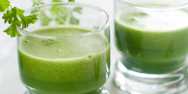 Air Rebusan Daun Seledri untuk Diet Menurunkan Berat Badan